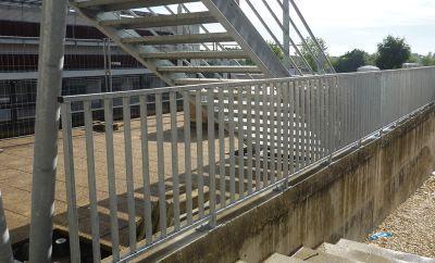 Escalier et garde-corps en acier galvanisé
