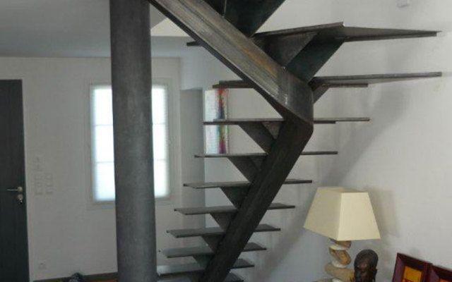 Escalier un quart tournant